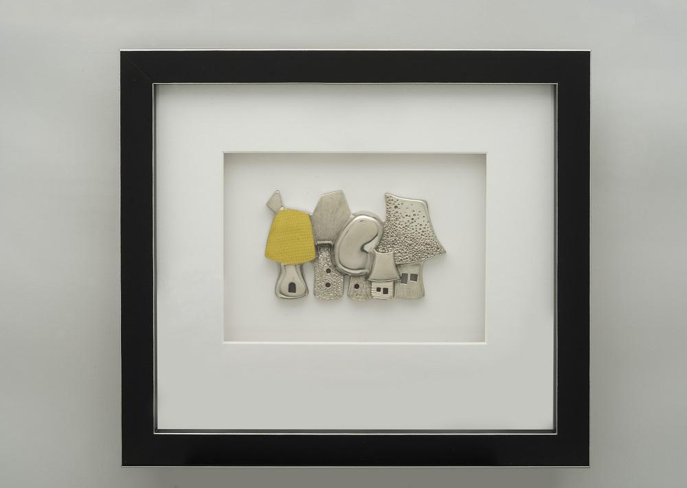 Habitat 3 –Pewter and brass- 28,5 x 25,4 x 3,7 cm