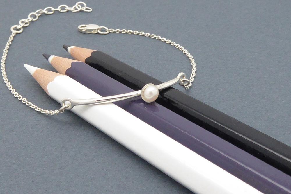 Bracelet en argent sterling et perle naturelle